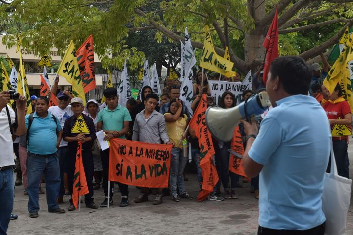 El Salvadorans Rally Outside of the Legislative Assembly to Support the Law to Ban Mining