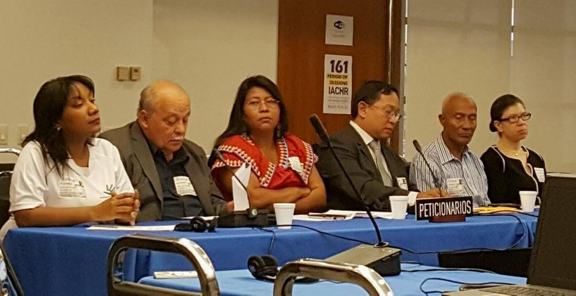 <em>Speaking in a panel before the Inter-American Commission on Human Rights are, from left: Ileana Molo of La Red de Derecho