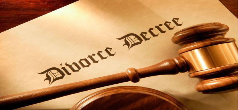 """<a rel=""""nofollow"""" href=""""http://www.simonlawgroupaz.com/wp-content/uploads/2011/01/divorce.jpg"""" target=""""_blank"""">Source</a>"""