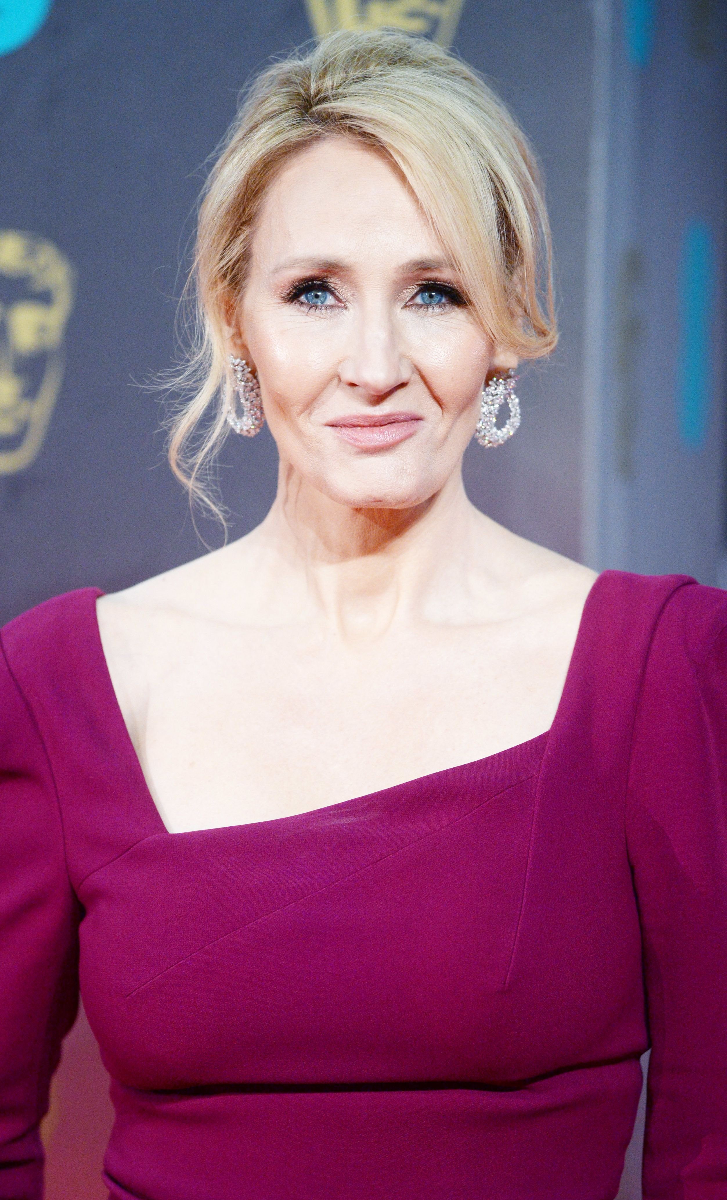 JK Rowling Ridicules US Gameshow Host For 'Vagina Hats'