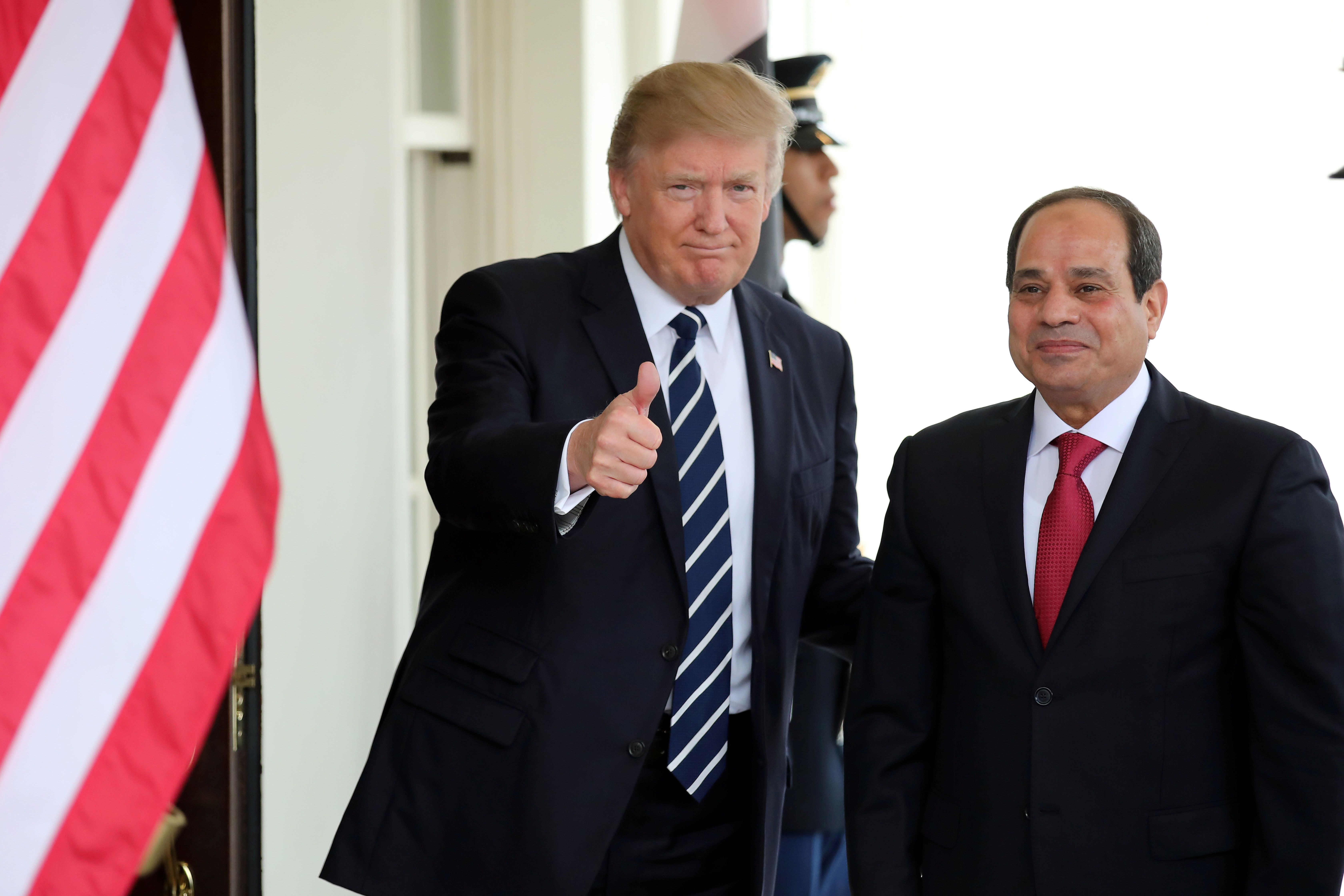 U.S. President Donald Trump welcomes Egypt's President Abdel Fattah al-Sisi at the White House in Washington, U.S., April 3, 2017. REUTERS/Carlos Barria