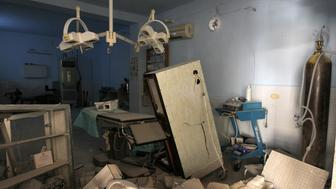 A view shows the damage inside Anadan Hospital, sponsored by Union of Medical Care and Relief Organizations (UOSSM), after it was hit yesterday by an airstrike in the rebel held city of Anadan, northern Aleppo province, Syria July 31, 2016. REUTERS/Ammar Abdullah