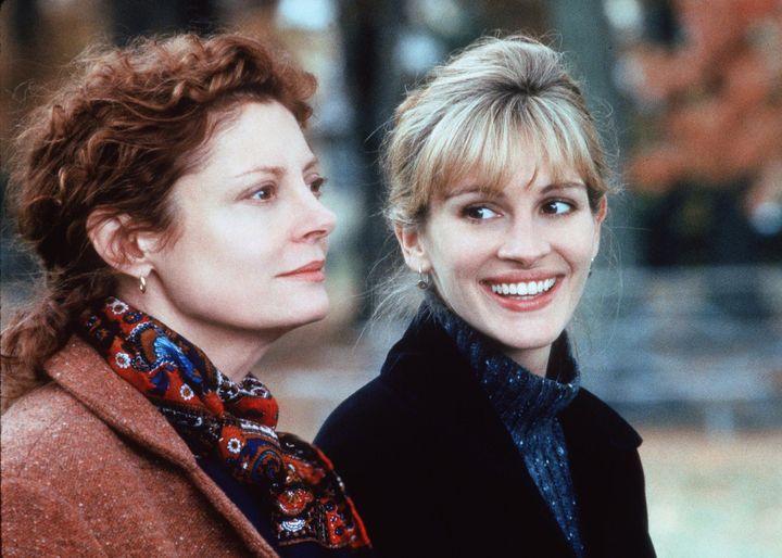 "Julia Roberts And Susan Sarandon in ""Stepmom."""