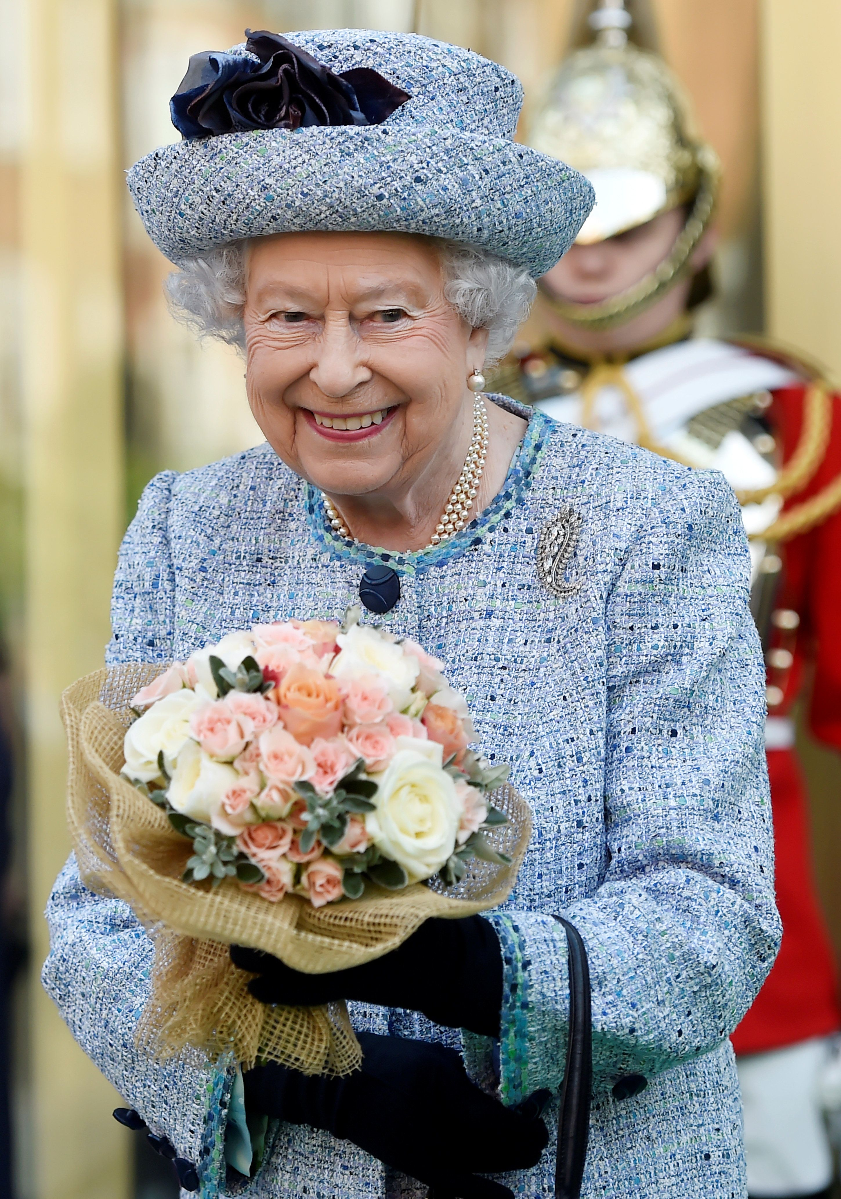 Queen Elizabeth Loves Cake So Much That She Travels With