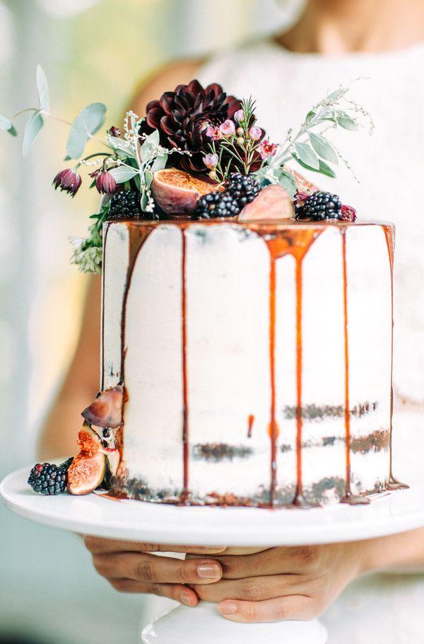"""<i>Cake by:<a href=""""http://www.gaggui.com/"""" target=""""_blank"""">Gaggui Kaffela</a></i>"""