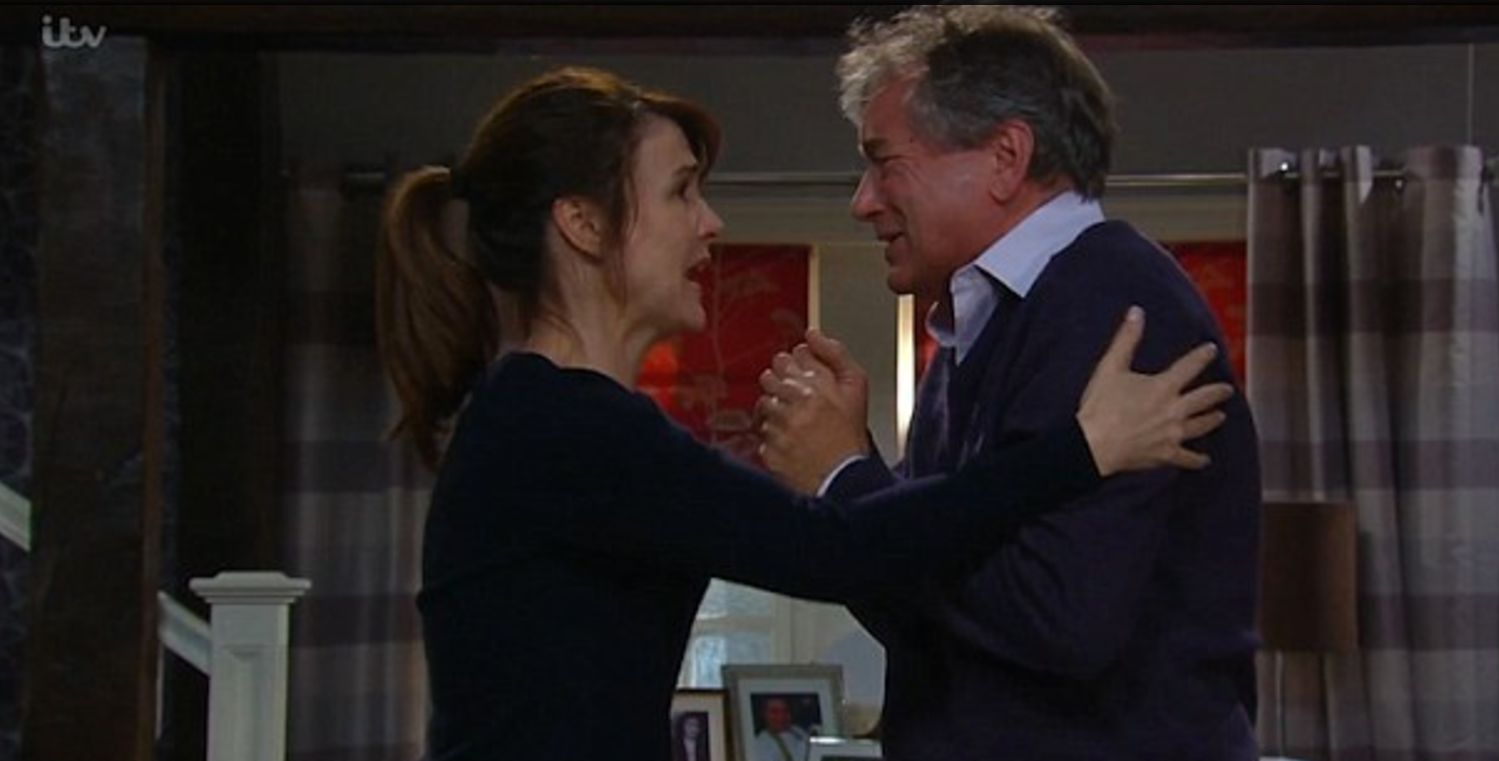 Spoiler! Emmerdale's Emma Barton Might *Finally* Be Caught For James Barton's