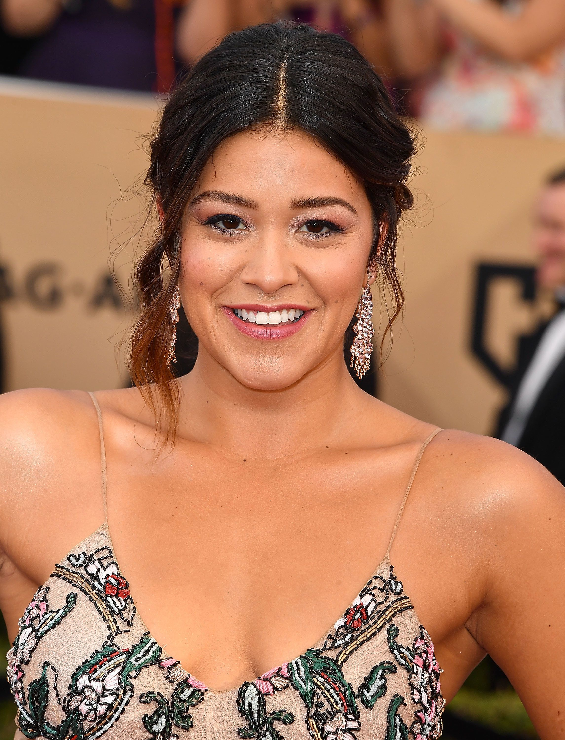 LOS ANGELES, CA - JANUARY 29:  Gina Rodriguez arrives at the 23rd Annual Screen Actors Guild Awards at The Shrine Expo Hall on January 29, 2017 in Los Angeles, California.  (Photo by Steve Granitz/WireImage)