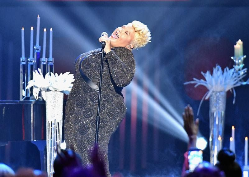 "Tamela Mann performs ""God Provides"" during the 32nd Annual Stellar Gospel Music Awards"