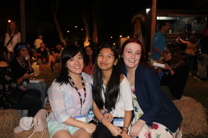Maya Nylund (right) with two other EF students, Tsz Yuet Cheung (left) and Pawita Sunthornpong (middle), at the Global Leader