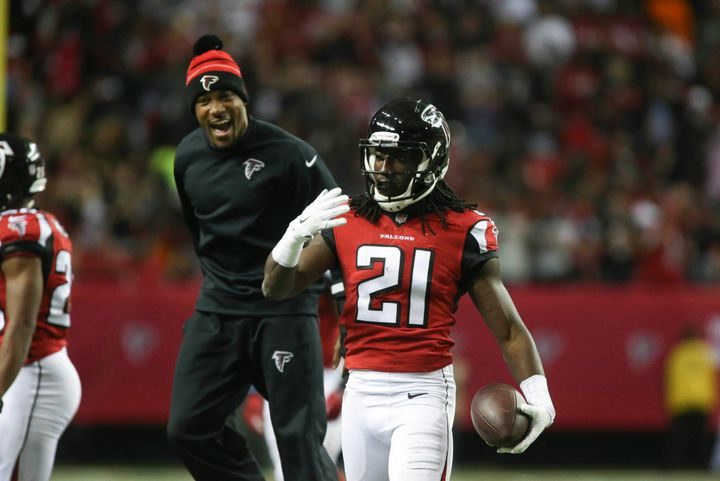 The Falcons have agreed to a five-year, $69 million contract extension with one-time Pro Bowl cornerback Desmond Trufant, mul