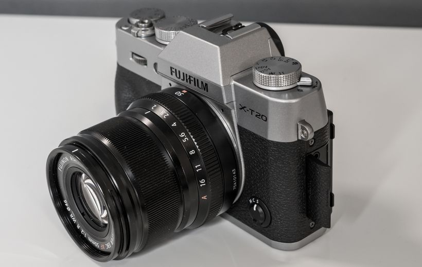 Im Still A Huge Fan Of The Way Fuji Makes Their Cameras They Look Amazing Feel Solid While Lightweight Have Resounding Click And To