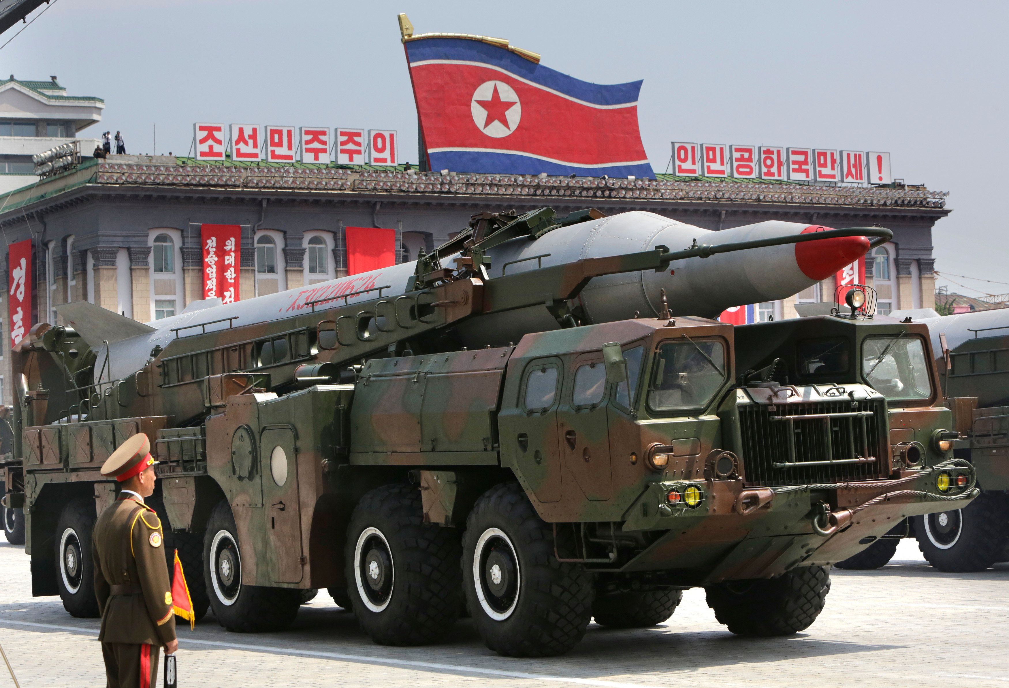 A missile is carried by a military vehicle during a parade to commemorate the 60th anniversary of the signing of a truce in the 1950-1953 Korean War, at Kim Il-sung Square in Pyongyang July 27, 2013. REUTERS/Jason Lee (NORTH KOREA - Tags: POLITICS MILITARY ANNIVERSARY)