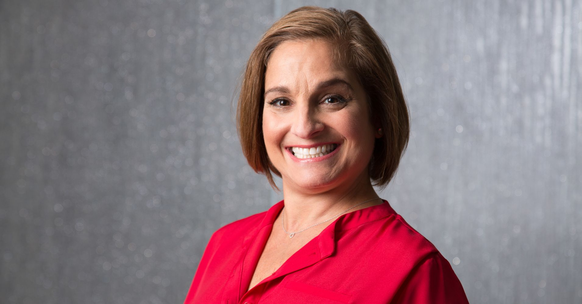Mary Lou Retton Kelley born January 24 1968 is a retired American gymnast At the 1984 Summer Olympics in Los Angeles she won a gold medal in the individual all