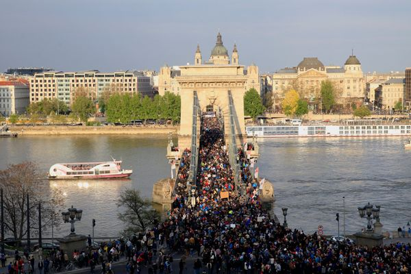Protesters flood Budapest's Chain Bridge.