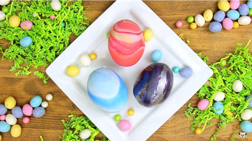 Marble Easter Eggs made by Koalipops