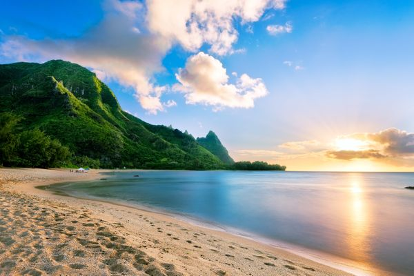 """If the view from famous<a href=""""https://www.tripadvisor.com/Attraction_Review-g29218-d207414-Reviews-Tunnels_Beach-Kaua"""
