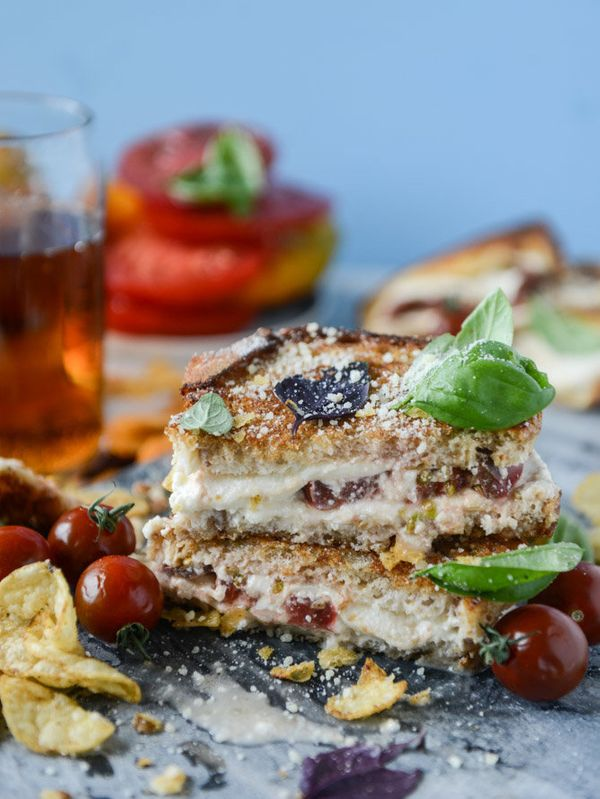 """<strong>Get the <a href=""""http://www.howsweeteats.com/2016/08/heirloom-tomato-and-burrata-grilled-cheese/"""" target=""""_blank"""">Hei"""