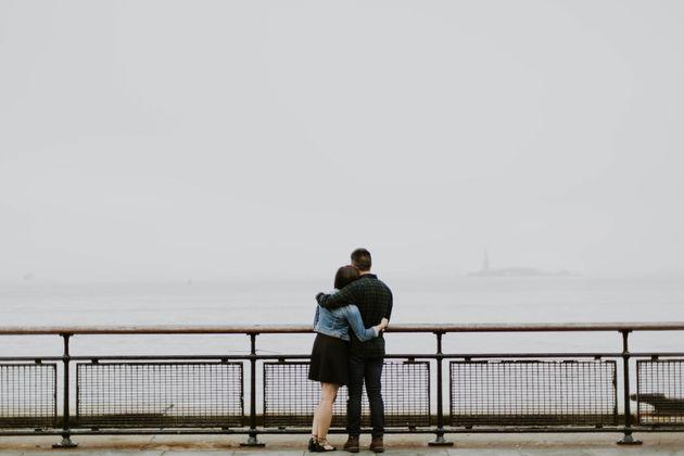 Quédate con alguien que haga del amor algo