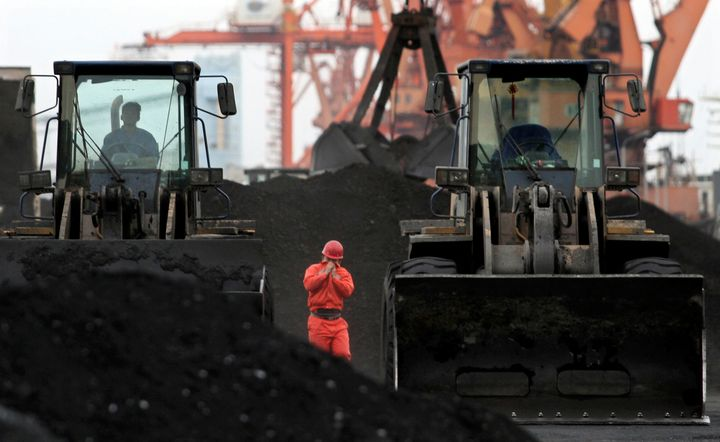Chinese customs officials have told coal ships to return to North Korea, according to reports.