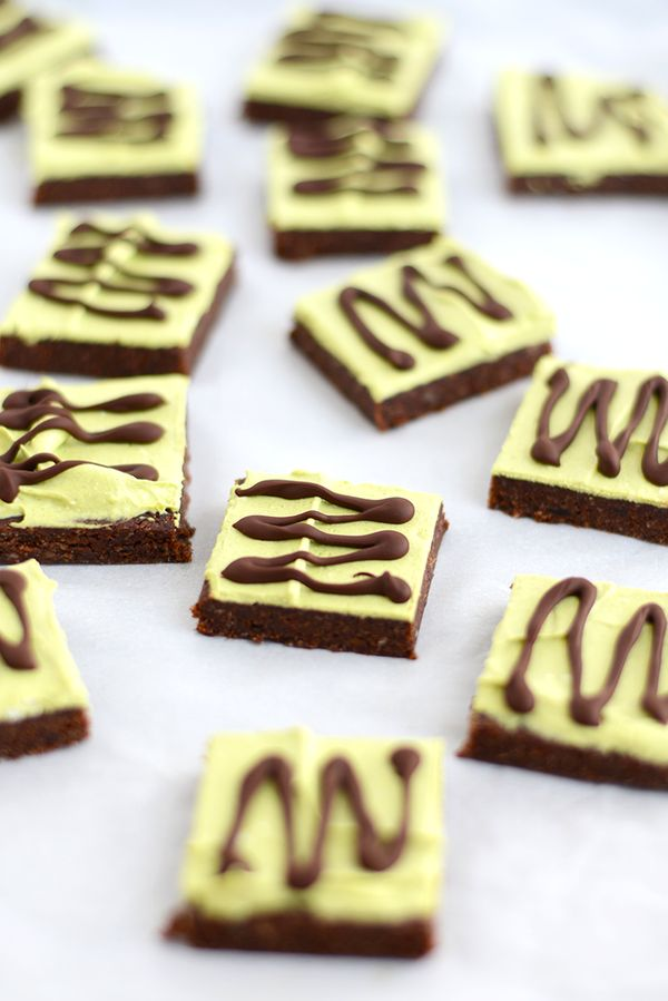"""<strong>Get the <a href=""""http://fitfoodiefinds.com/2015/02/raw-mint-brownies-paleo-vegan/"""" target=""""_blank"""">Raw Mint Brownies"""