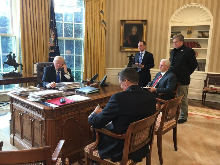 <strong>Trump Speaking with Putin in the Oval Office</strong>
