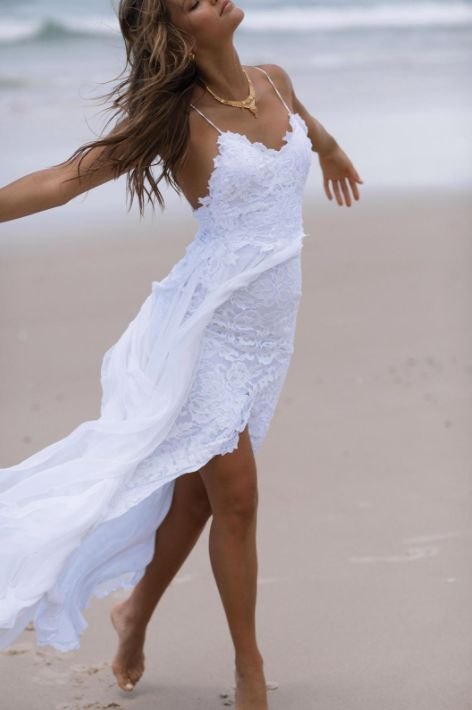 The Most Pinned Wedding Dress Of 2016 Is Finally Going To Be Available To Buy In The