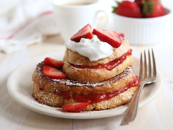 """<strong>Get the <a href=""""http://www.completelydelicious.com/2014/05/strawberry-rhubarb-stuffed-french-toast.html"""" target=""""_bl"""