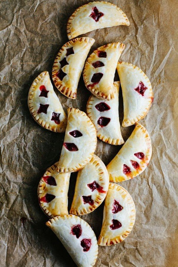 """<strong>Get the <a href=""""http://www.hummingbirdhigh.com/2014/05/rhubarb-and-rose-hand-pies.html"""" target=""""_blank"""">Rhubarb And"""