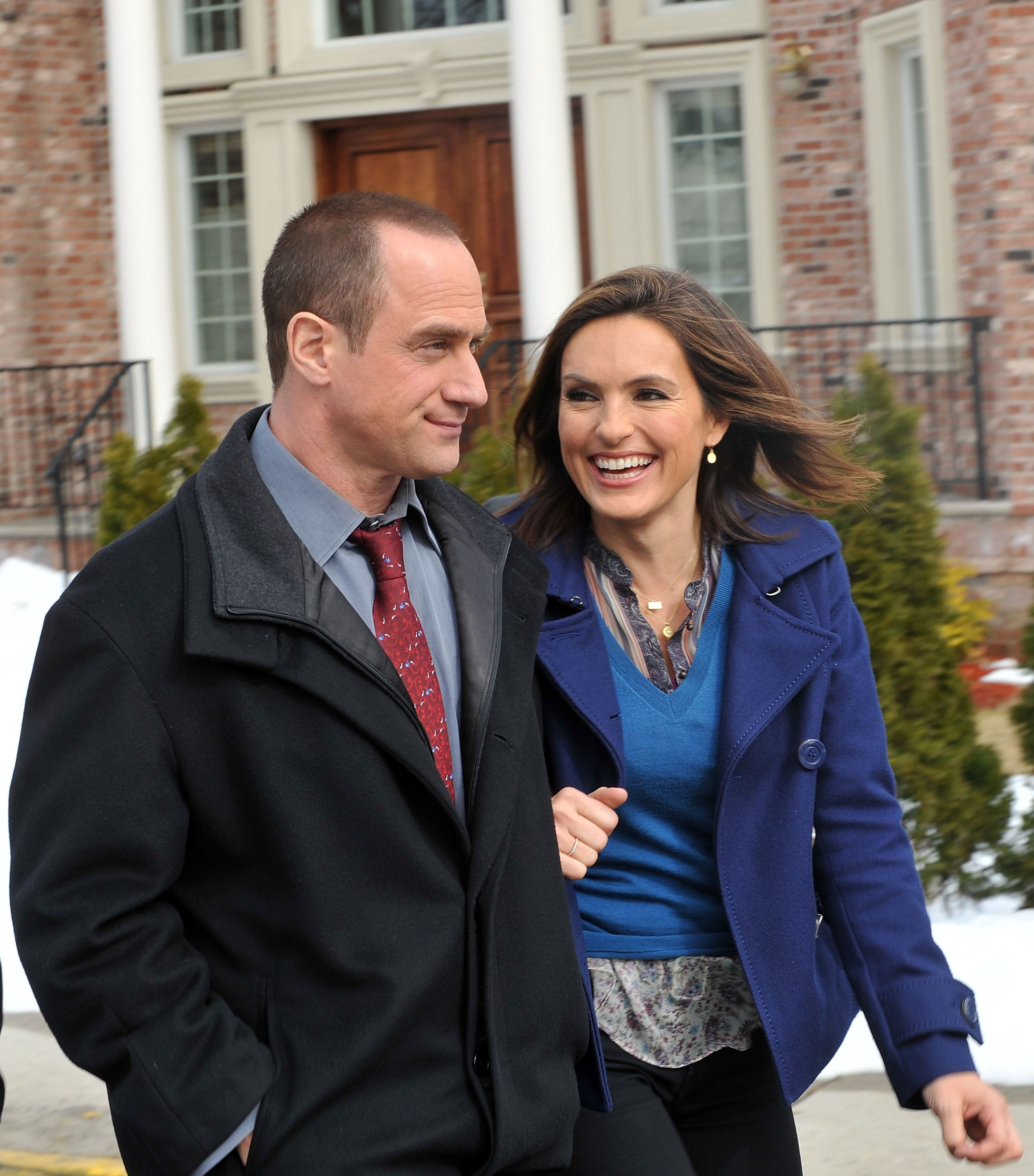 FORT LEE, NJ - MARCH 04:  Christopher Meloni and Mariska Hargitay on location for 'Law & Order: SVU' on the streets of Fort Lee, NJ on March 4, 2010 in Fort Lee City.  (Photo by Bobby Bank/WireImage)