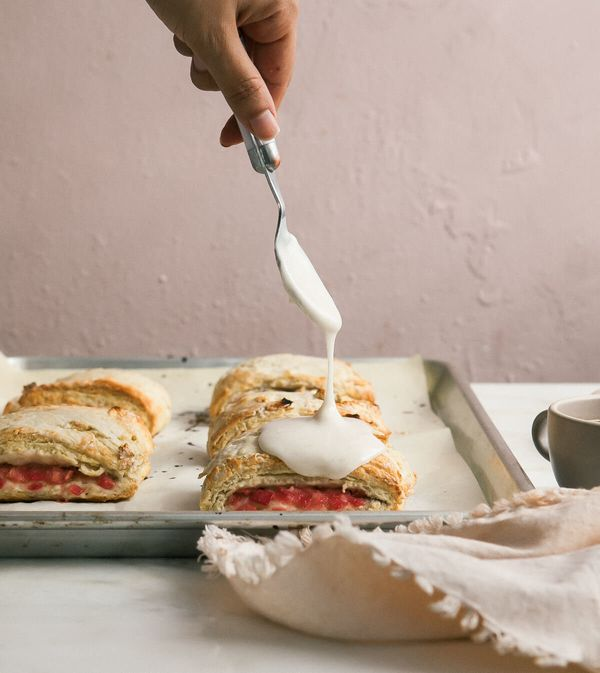 """<strong>Get the <a href=""""http://www.acozykitchen.com/roasted-rhubarb-scone-sandwiches-with-vanilla-bean-glaze/"""" target=""""_blan"""