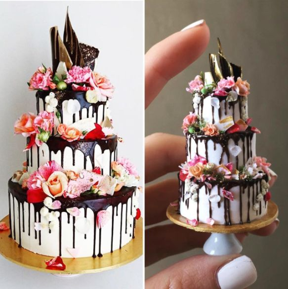 On the left, an actual wedding cake. On the right, Dyke's miniature recreation.