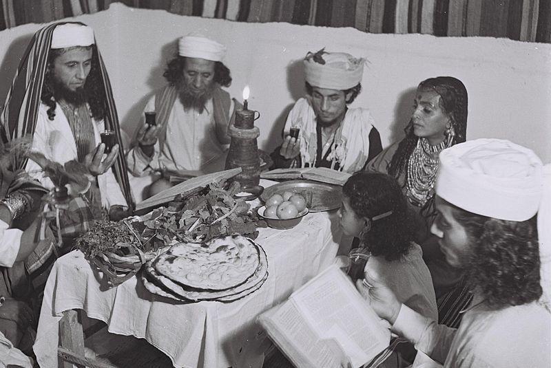 A Yemenite Habani family celebrating Passover