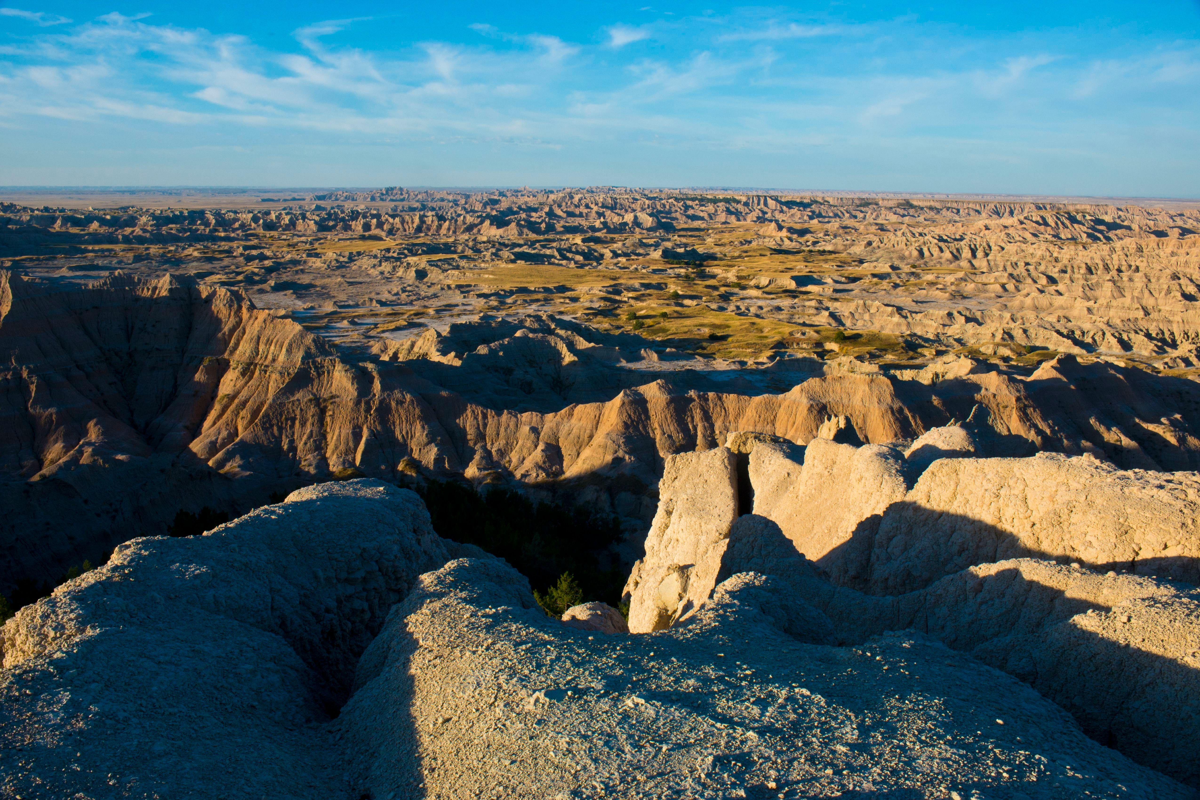 North America, USA, South Dakota, Wall, Badlands National Park, Loop Road, Pinnacles Overlook. (Photo by:  Education Images/UIG via Getty Images)