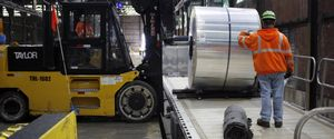 USA EARNS USA METALS AMERICAS EARNINGS ALUMINUM FINANCE