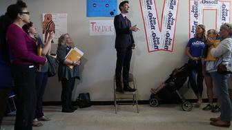 MARIETTA, GA - APRIL 17:  Democratic candidate Jon Ossoff speaks to volunteers at a campaign office as he runs for Georgia's 6th Congressional District in a special election to replace Tom Price, who is now the secretary of Health and Human Services on April 17, 2017 in Marietta, Georgia. The election on April 18th will fill the congressional seat that has been held by a Republican since the 1970s.  (Photo by Joe Raedle/Getty Images)
