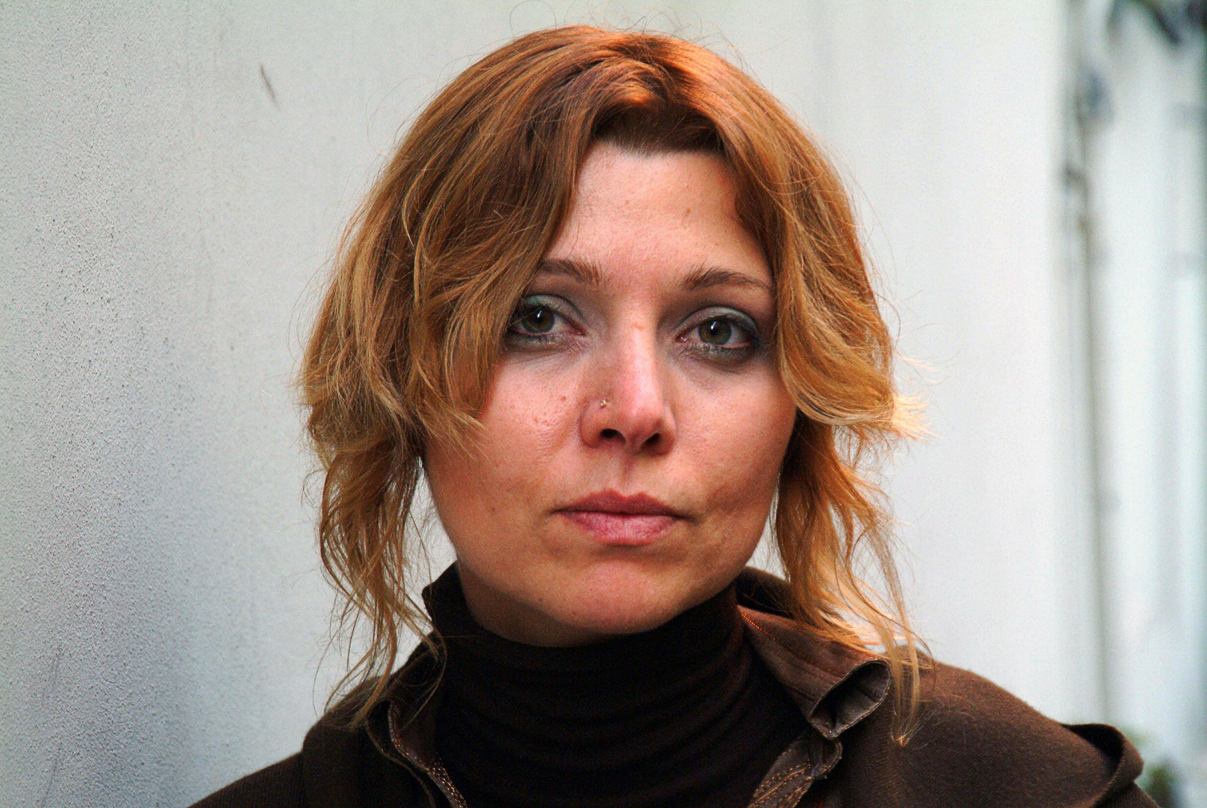 Istanbul, TURKEY:  (FILES) An undated photo taken in Istanbul shows celebrated Turkish novelist Elif Shafak, 35.  A Turkish court 21 September 2006 acquitted prize-winning author Elif Shafak in the opening hearing of her trial for insulting Turks in her book on the massacres of Armenians during World War I, the Anatolia news agency reported.  AFP PHOTO / STR  (Photo credit should read STR/AFP/Getty Images)