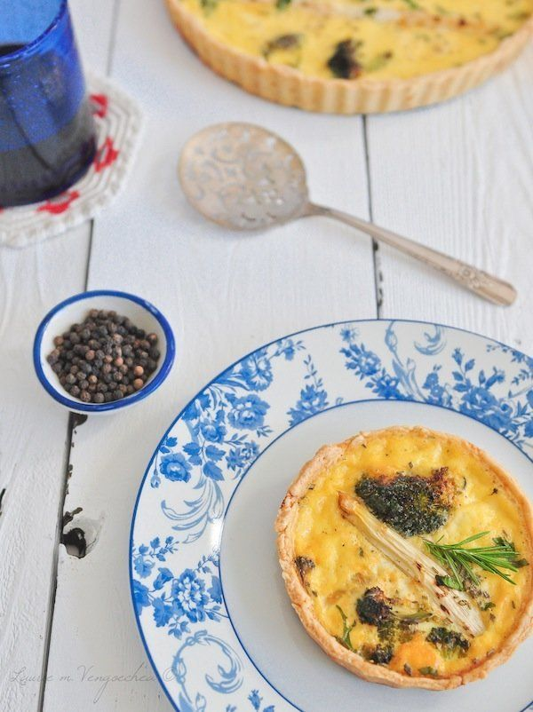 "<strong>Get the <a href=""http://www.dallamiacucina.com/2012/10/white-asparagus-and-broccoli-tart.html"" target=""_blank"">White"
