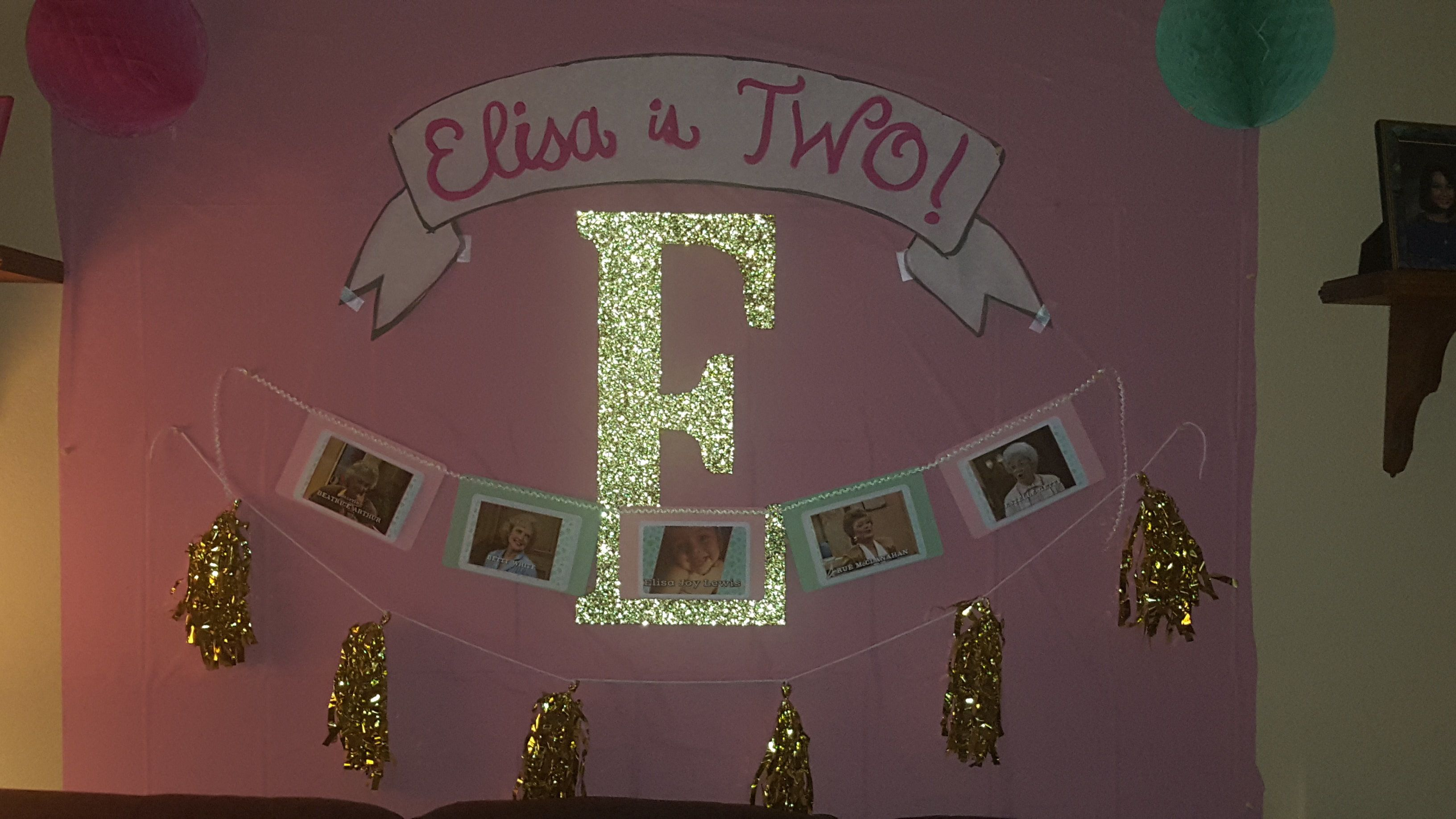 She made special banners with photos of the four ladies and Elisa.