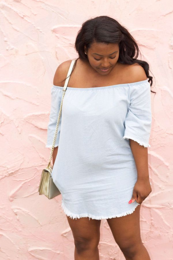 By embracing the off-the-shoulder trend, you can show a little skin without revealing too much. One of the best things about
