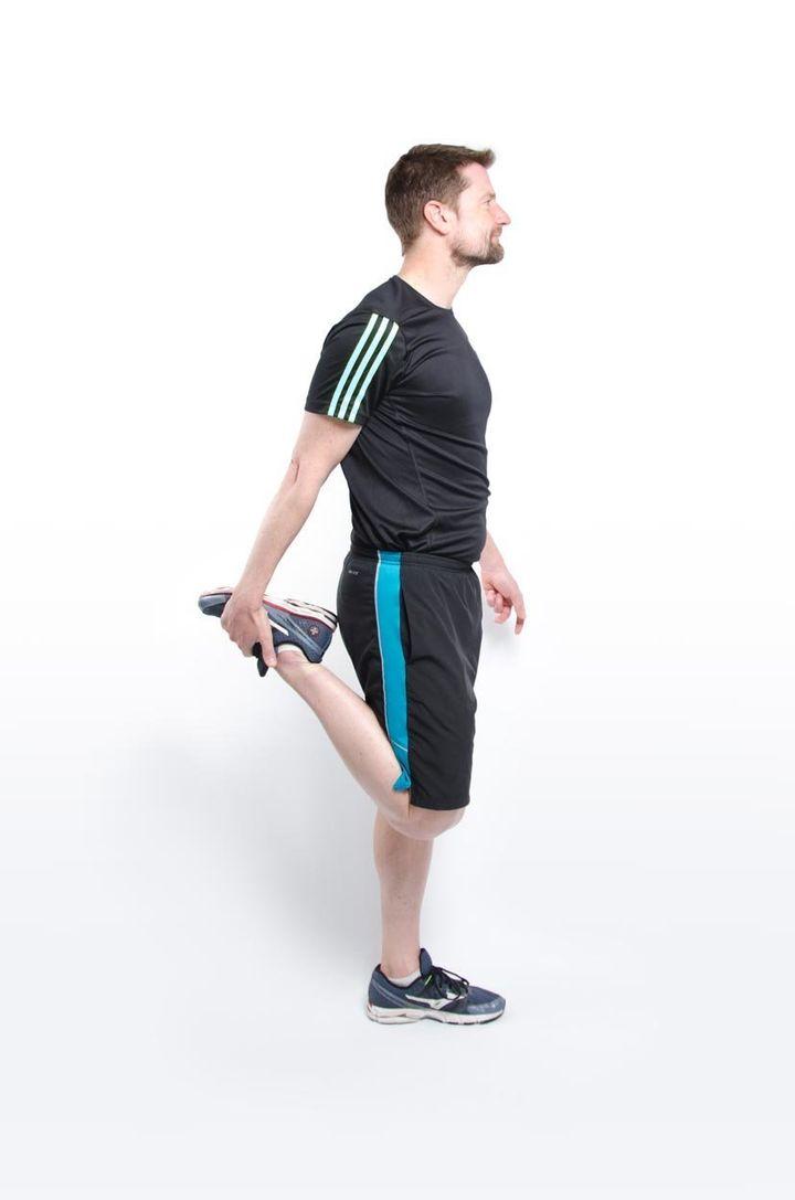 Quad stretch with pelvic tilt