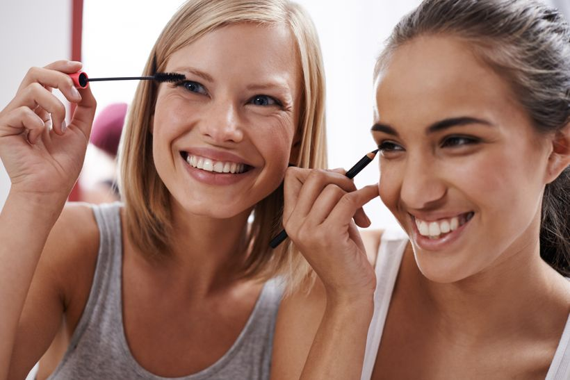 243328c864e Which Mascara is Better: Brown or Black? | HuffPost