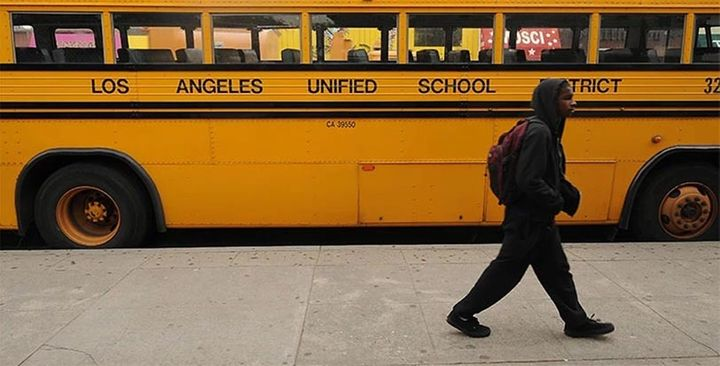 School district throws Charter School under the bus