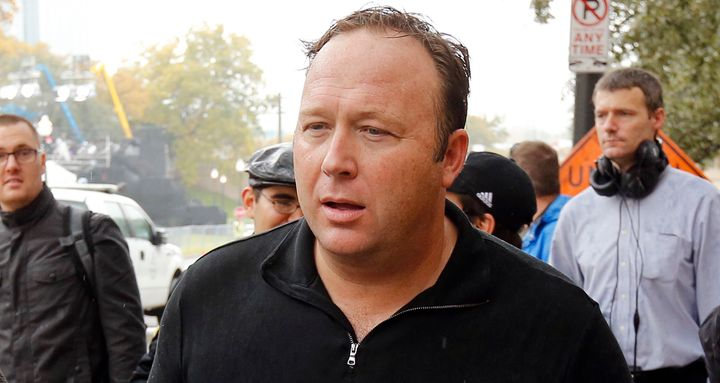 'Infowars' host Jones disputes persona in custody dispute