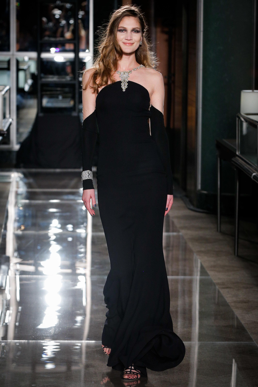 Looking Like Audrey Hepburn In 'Breakfast At Tiffany's' Is Now A Wedding