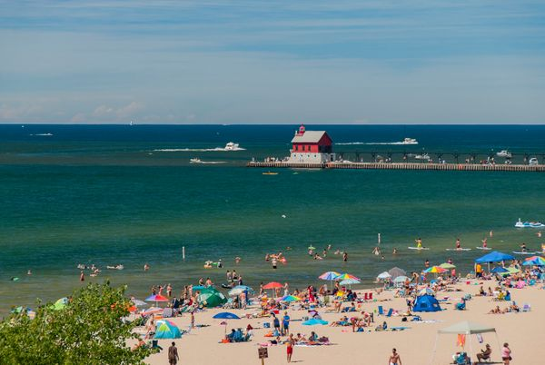 "Who said beach towns need an ocean? This Lake Michigan gem is known for <a href=""http://www.huffingtonpost.com/2015/07/07/mic"