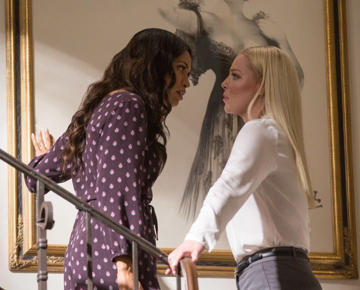 "Rosario Dawson and Katherine Heigl face off in ""Unforgettable."""