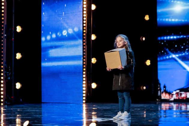 Issy Simpson and her box of tricks on 'Britains Got
