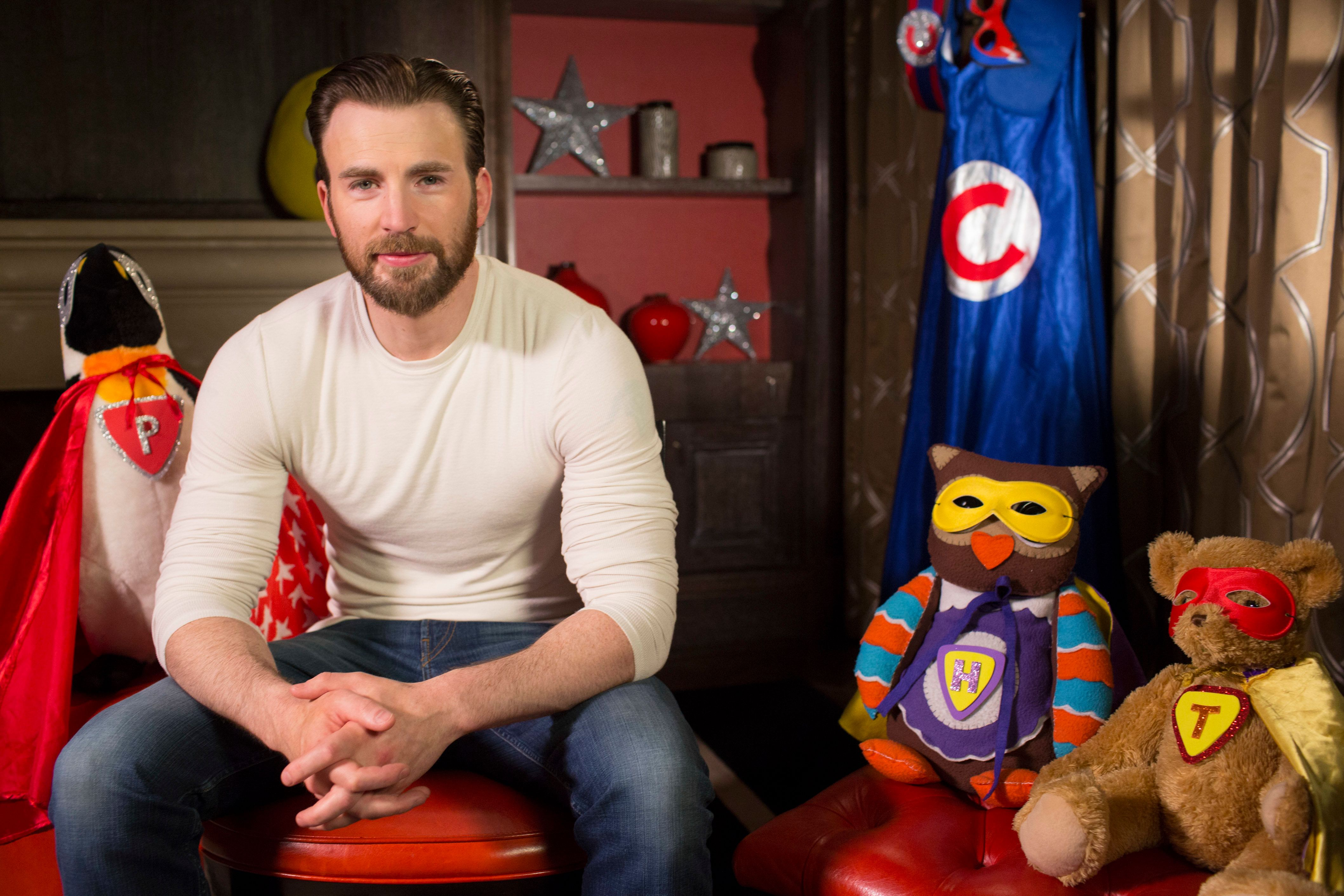 Stop What You're Doing And Let Captain America Chris Evans Read You A Bedtime