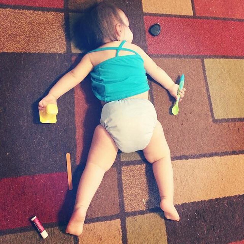 37 Photos Of Kids Taking A Quick Snooze In Odd Places | HuffPost Life