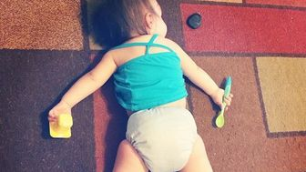 37 Photos Of Kids Taking A Quick Snooze In Odd Places